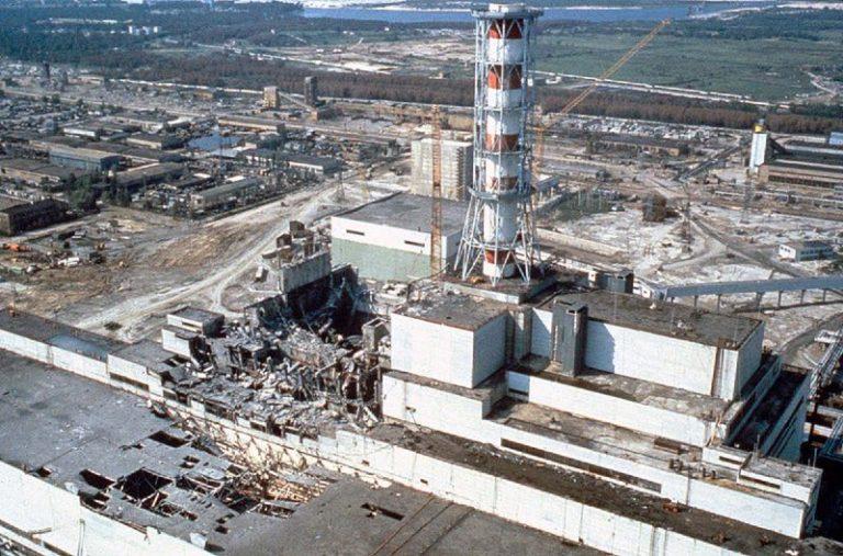 Il reattore di Chernobyl dopo l'esplosione